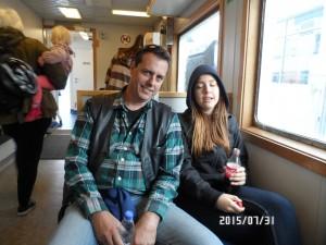Jörgen & Ellie inne i M/F Stjerneborg, på väg till Landskrona efter besöket på Hven 2015-07-31.